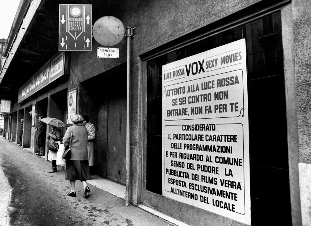 Il cinema vox di via farini un istituzione tra le sale for Le porno dive
