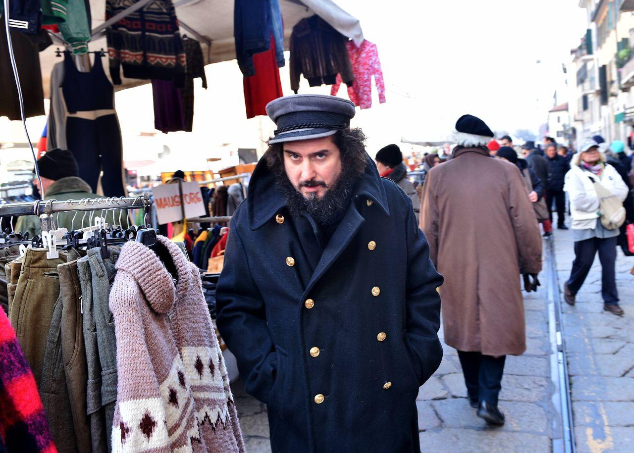 Il cantautore vinicio capossela domenica 21 al mercatino for Mercatino antiquariato vicenza