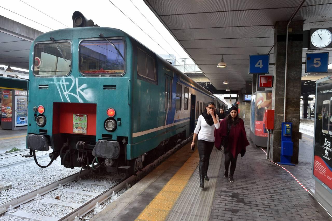 I nuovi treni di trenord - Trenord porta garibaldi ...