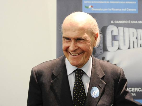 Umberto Veronesi (Ansa)