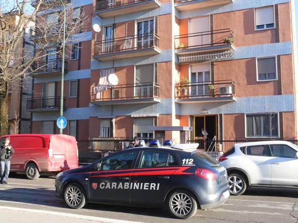 La palazzina dell'omicidio in via Annona a Cremona (foto Rastelli)