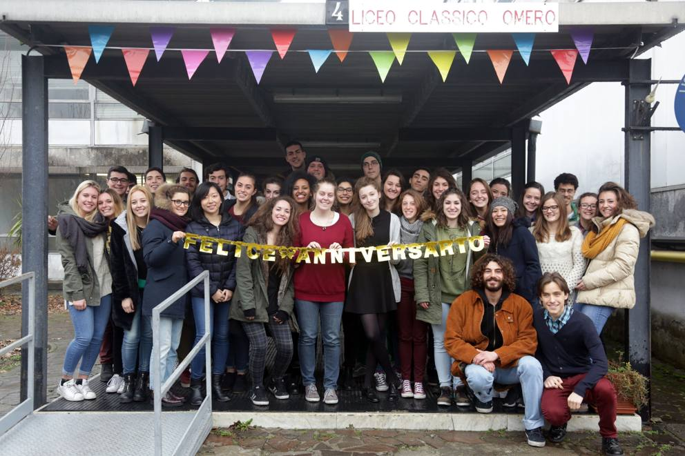 Classico di periferia il liceo di bruzzano compie 50 for Liceo di moda milano