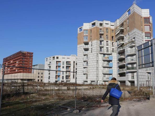 Terreno abbandonato a Porta Vittoria (Fotogramma)