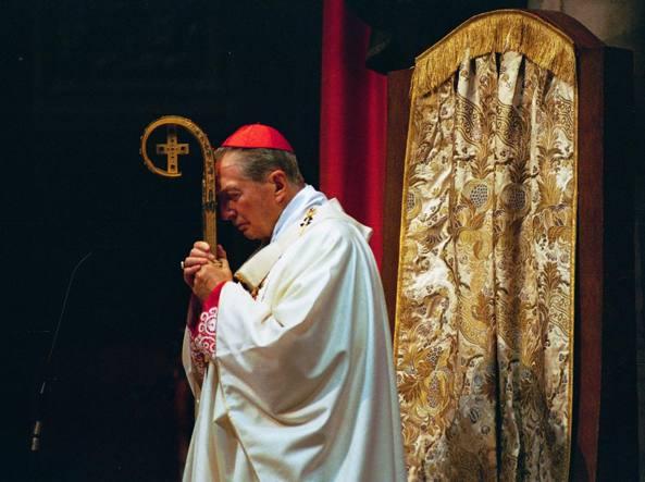 L'ultima messa del cardinal Martini in Duomo nel 2012 (Fotogramma)