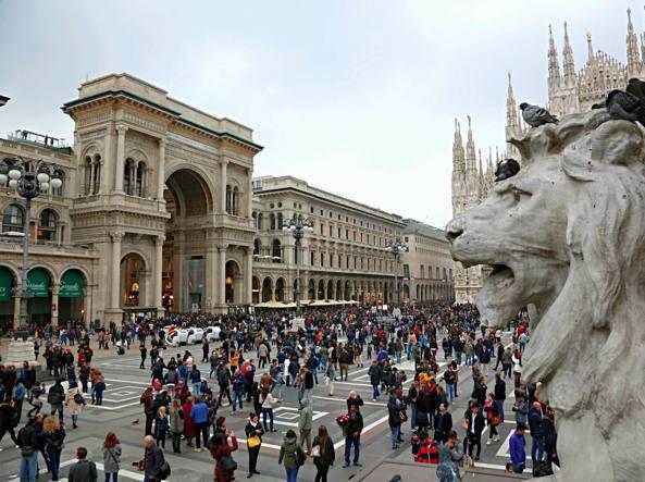 La Galleria Vittorio Emanuele a Milano (Fotogramma)