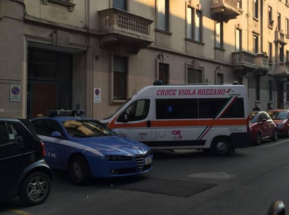 Milano, dopo una lite uccide il compagno con una spada