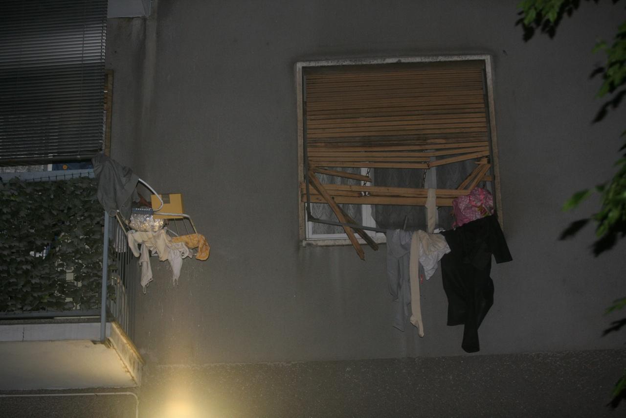 Giambellino lancia figliolette dalla finestra salvate - La finestra padova ...