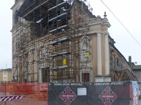 Mantova a 4 anni dal terremoto quelle famiglie ancora senza casa - Casa senza fondamenta terremoto ...