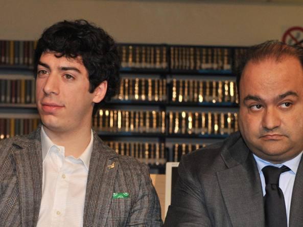 Renzo Bossi (S) e Francesco Belsito in una immagine del 2010 (Ansa)