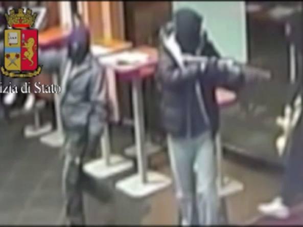 Rapine a mano armata nelle sale slot: tre arresti