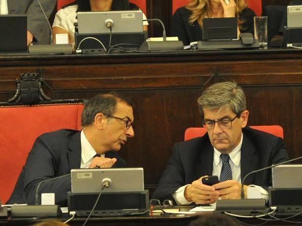 Il sindaco Sala e l'assessore al Bilancio Tasca (Newpress)