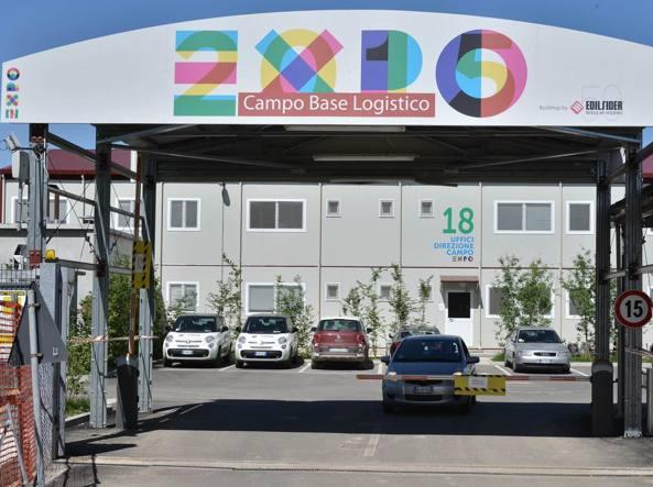 Profughi al campo base Expo, Maroni pronto al ricorso