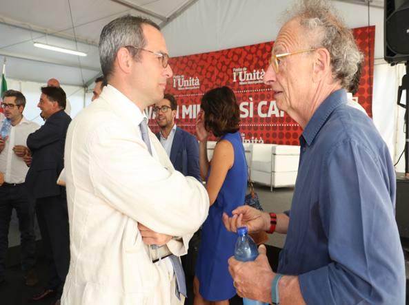 L'ex pm Gherardo Colombo con il consigliere regionale Umberto Ambrosoli