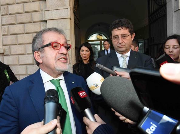 Svizzera: Maroni incontra presidente Ticino, da referendum no conseguenze (2)