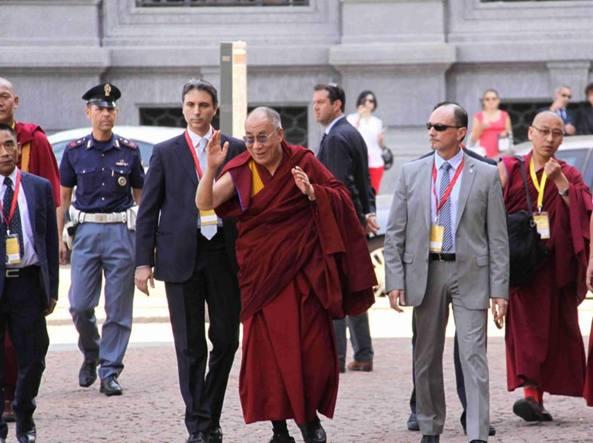 Il dalai lama a rho fiera e il ministro cinese evita for Rho fiera milano 2016