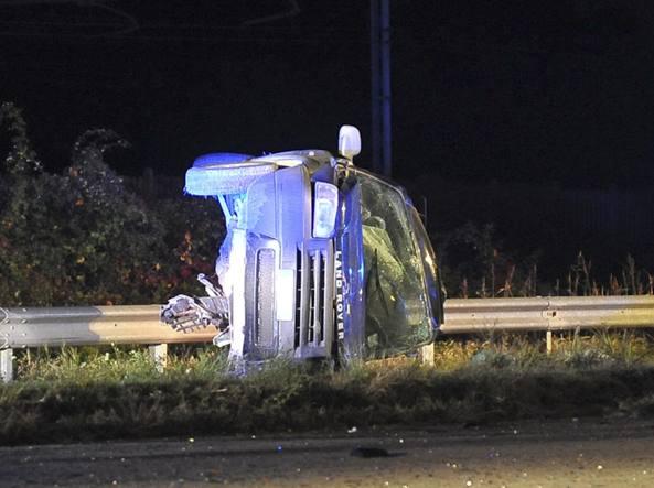 Lodi: dramma sulla strada provinciale 107, scontro tra auto, due le vittime