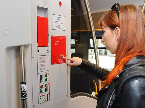 Trenord, sicurezza sui treni lombardi: firmata la convenzione con la Polizia