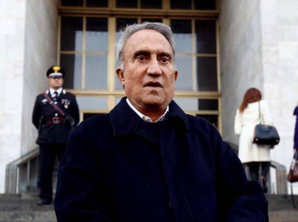 Bancarotta, Emilio Fede a processo per prestito di Berlusconi a Lele Mora