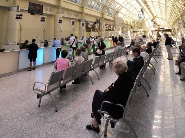 Sanita': Lombardia, giu' da 30 a 15 euro ticket massimo regionale