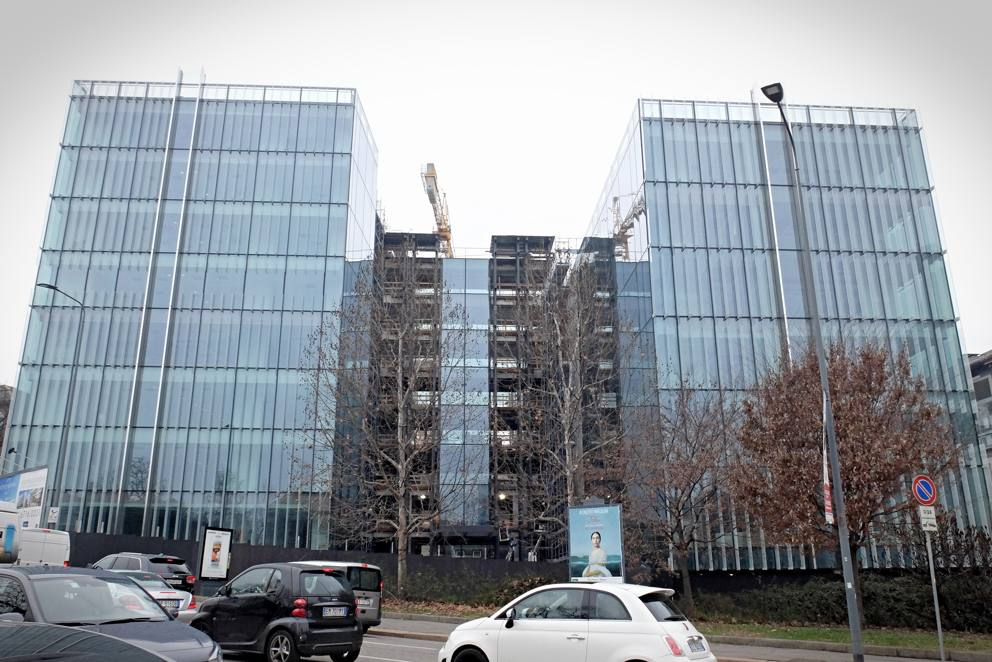 A porta nuova il futuristico quartier generale di amazon - Uffici gtt porta nuova ...