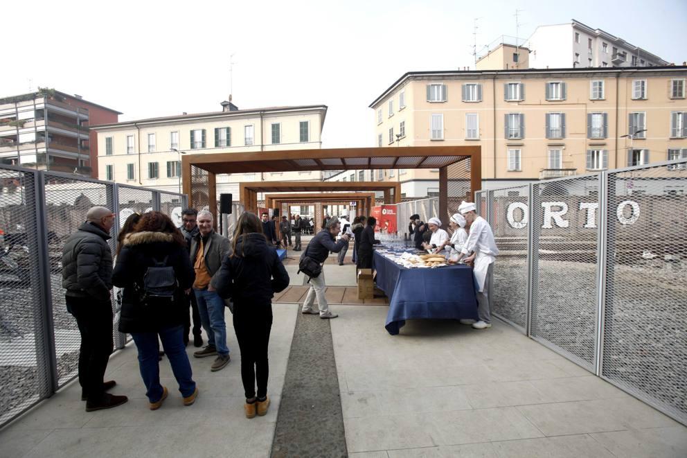 Porta genova aperta la passerella - Carabinieri porta genova milano ...