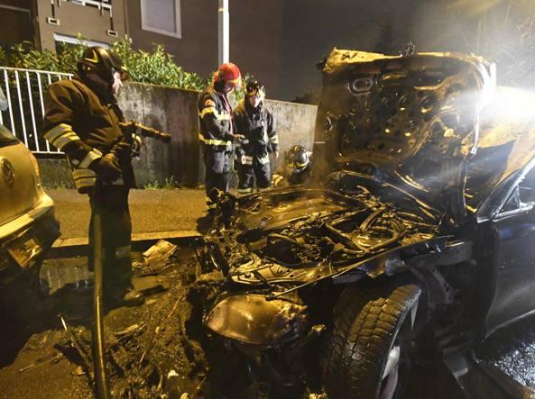 L'auto distrutta dalle fiamme (Daniele Bennati)
