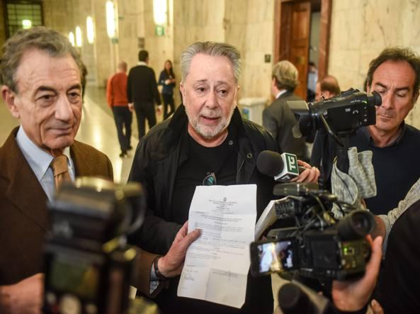 Mora, Fede prese parte soldi Berlusconi