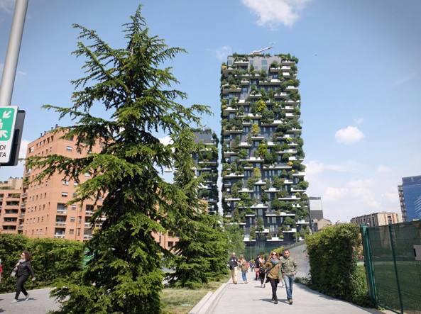 Milano gli alberi di trenta piani non sono pi solo uno for Piani artistici di 2 piani artistici