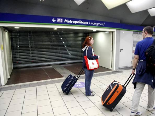 Ferma la linea 5 della metropolitana  (LaPresse)