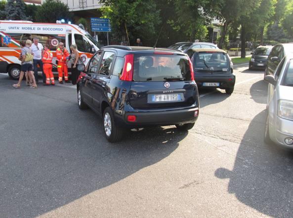 Incidente stradale in Brianza: dalla macchina (una Panda) scende Paul Young