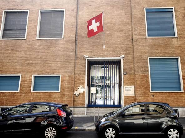 Polemica sulla Scuola svizzera Milano