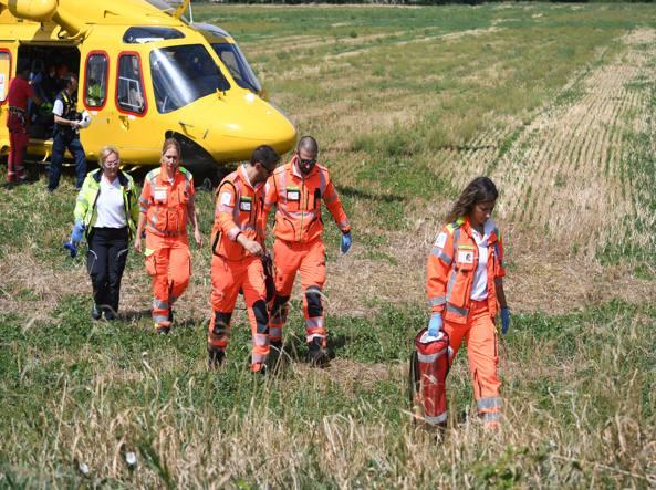 L'arrivo dell'elicottero del 118 a Monza (foto Daniele Bennati)