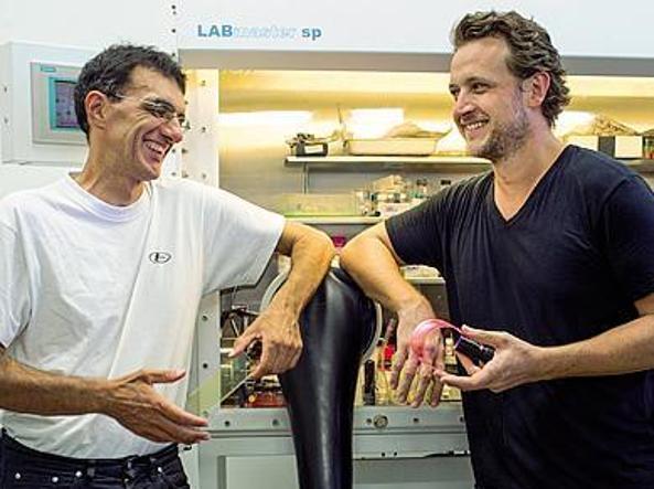 I co-fondatori di  «Glass to power»:  Francesco Meinardi, a sinistra,  e Sergio Brovelli