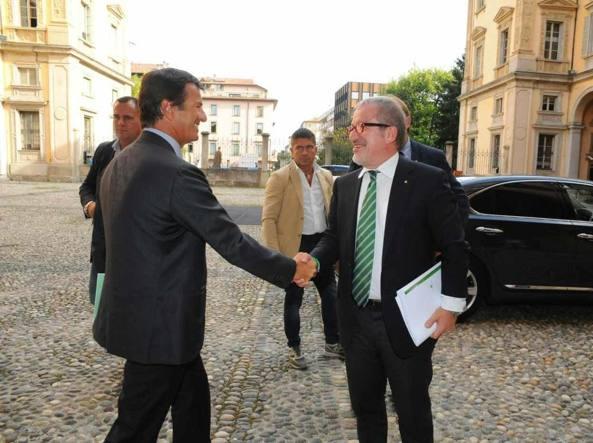 Giorgio Gori e Roberto Maroni (Ansa)