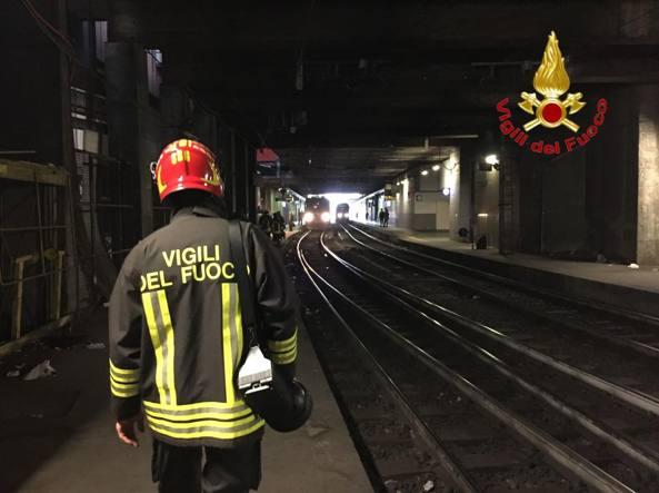 Milano stazione garibaldi investimento treni in ritardo - Treno bergamo milano porta garibaldi ...