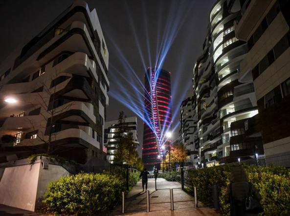 milano show di luci e colori a citylife arrivato il
