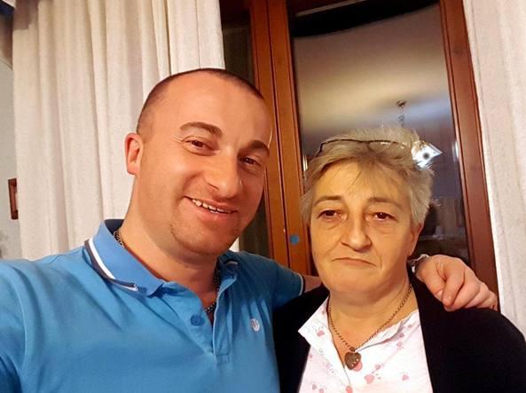 Il killer Raffaele Rullo, 35 anni, con la madre Antonietta Biancaniello, 59 anni