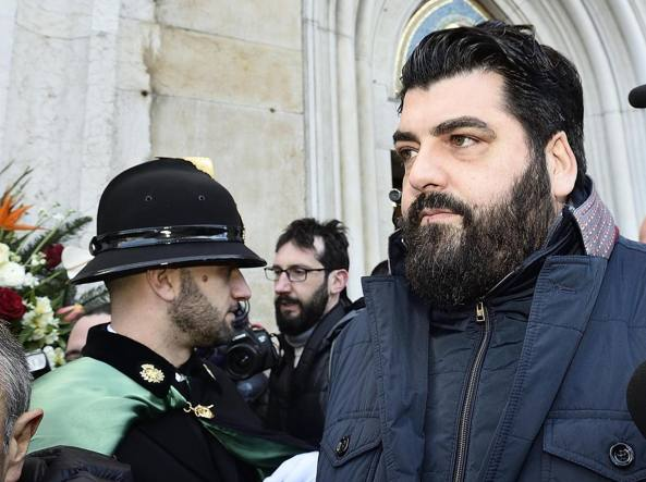 Lo chef Antonino Cannavacciuolo ai funerali di Gualtiero Marchesi (Ansa)