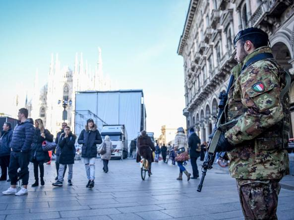 Milano, Comune: no a bottiglie e aste in Piazza Duomo a Capodanno