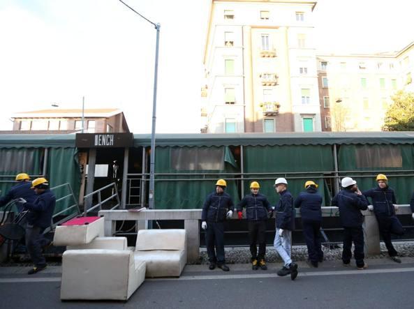 Milano: al via rimozione barconi-ristorante da Naviglio Pavese
