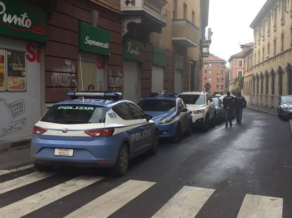 Polizia sul luogo del ritrovamento del corpo