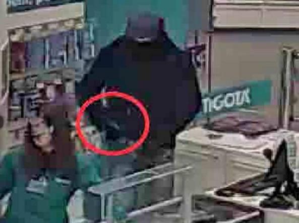 Milano preso il rapinatore dalle mani grandi era - Commissariato porta ticinese ...