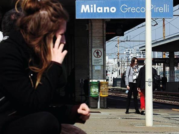 Milano inchiesta sulle sassaiole ai treni subito vetri for Subito milano